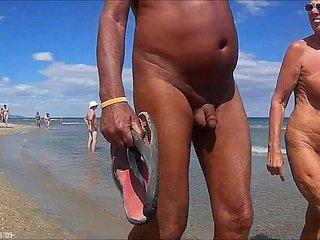 Отличные Развлечения Обнаженных  Красоток Русском На Пляже