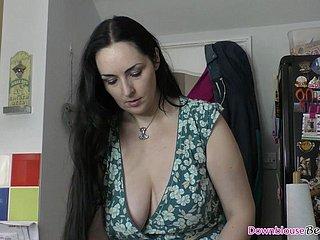 Красотка Отлично Смотрится В Непристойном Домашнем Порно